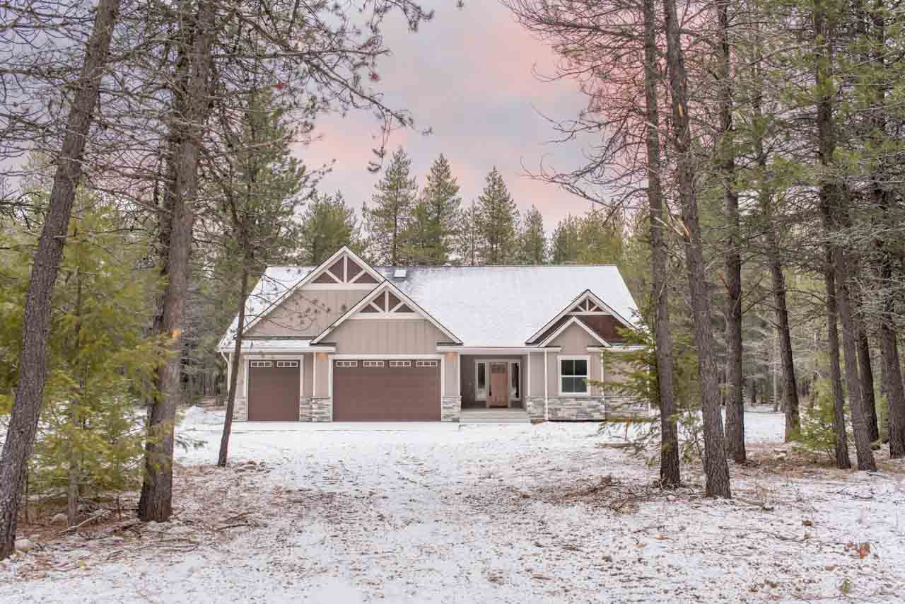 Home front in winter | The Preserve at Gotham Bay | Coeur d'Alene, Idaho